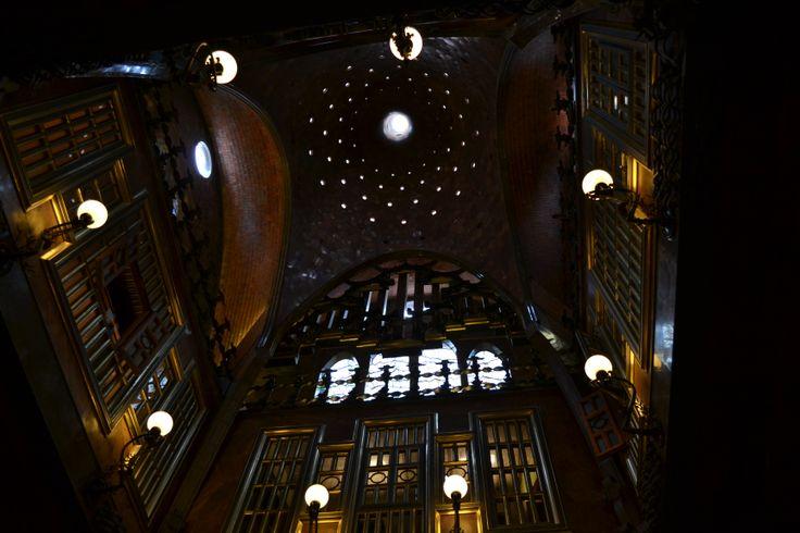 Cupola del salone della musica - Palau Guell - Barcellona