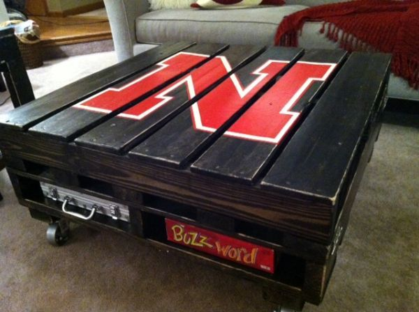 Husker Pallet Table sweet for my hizzy
