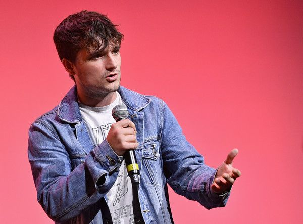 Josh Hutcherson Photos Photos - Actor Josh Hutcherson speaks onstage during Airbnb Open LA - Day 1 at The Globe on November 17, 2016 in Los Angeles, California. - Airbnb Open LA - Day 1