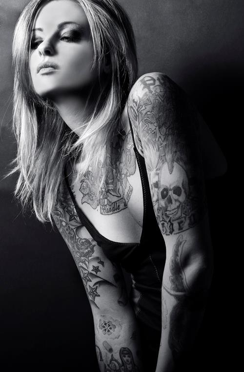 47 best inked inspiration images on pinterest beleza for Nude tattooed chicks
