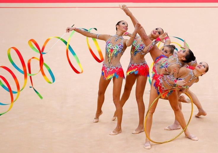 Rusia - Russia / 3 cintas + 2 aros - 3 hoops + 2 rings #GimnasiaRítmica #RhythmicGymnastics #London2012