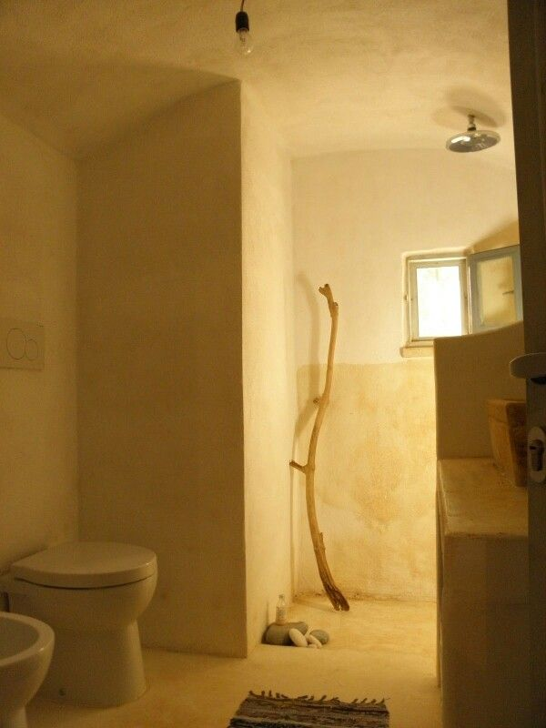 Bathroom trullo