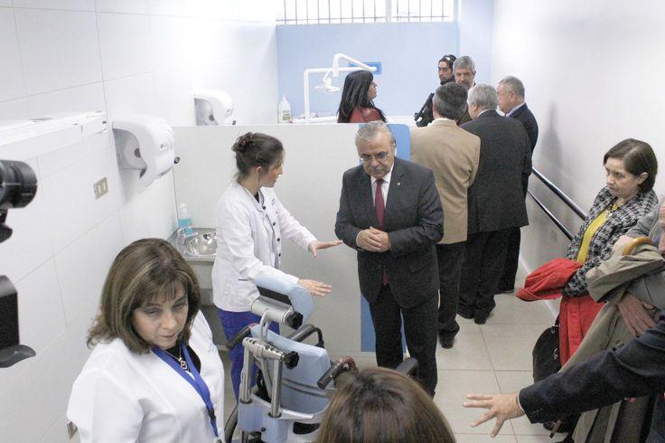Facultad de Odontología celebra aniversario inaugurando nuevas dependencias | PanoramaWeb UdeC