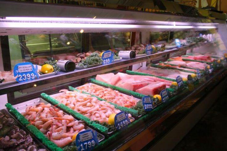 MustDo.com | Randy's Fishmarket fresh Seafood Market counter Naples, Florida. Must Do Visitor Guides