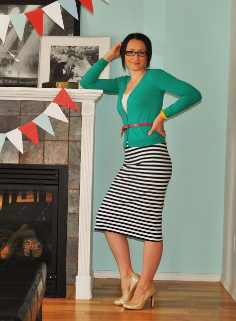 25 minute homemade pencil skirt - as good as done. Plus, it's stretch knit and elastic, so... comfortable church-wear!