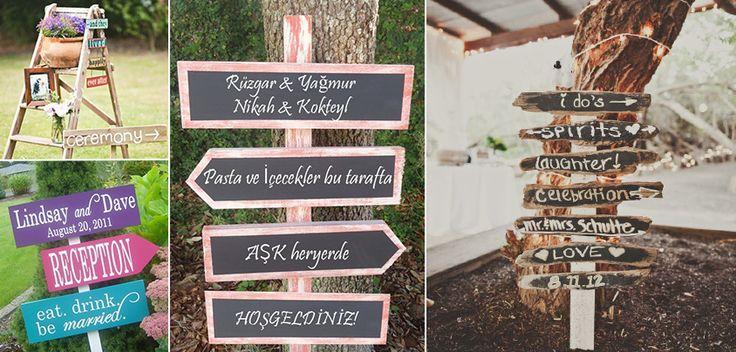 Yönlendirme tabelaları ile, düğüne gelen konuklarınızı eğlenceli bir şekilde düğün mekanına yönlendirebilirsiniz.