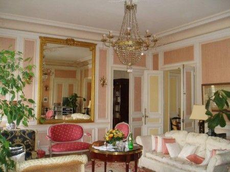 パリの大人フレンチな部屋に学ぶ!オシャレな部屋作り参考画像集 mirror