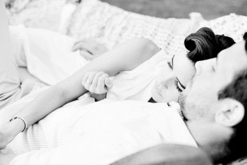 this makes me smile :): Vintage Engagement Shooting, Photo Ideas, Engagement Photo Hammocks, Business Things, Photography Boards, Beautiful Shots, Retro Style, Snuggles Photo, Photography Inspiration