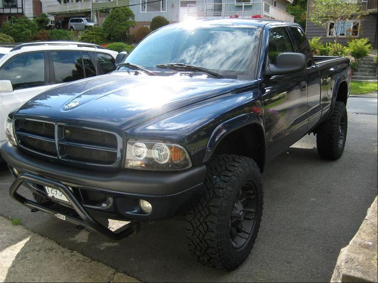 2004 Dodge Dakota Lifted