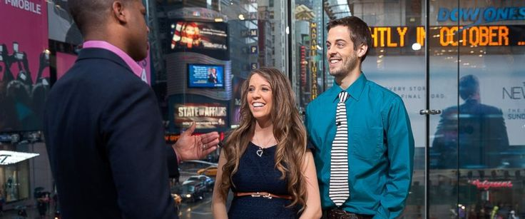 "PHOTO: AJ Calloway interviews Jill Duggar Dillard and husband Derick Dillard during their visit to ""Extra"" at their New York studios at H&M in Times Square, on Oct. 23, 2014, in New York City."