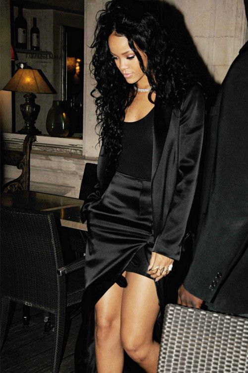 Rihanna 2014 night out in all black Anthony Vaccarello, view more:http://hairwig.en.alibaba.com/
