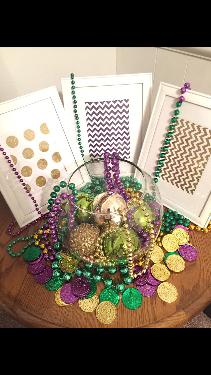 183 Best Images About Mardi Gras Centerpieces On Pinterest Table Centerpieces Mardi Gras
