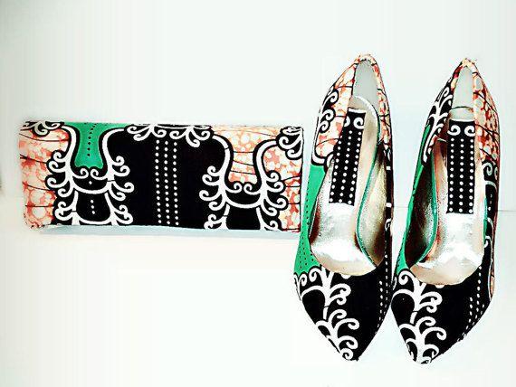 Jamais un moment d'ennui avec notre haute qualité fait main pagne chaussures et pochette assortie. Ajouter des étincelles à votre personnalité; porter votre chemin et look inestimable. Parfait pour toute occasion.  Chaussures sont disponibles en taille 4, 5, 6, 7, 8  CARACTÉRISTIQUES * Stilleto chaussures-pointed toe * 4 pouces hauteur du talon (chaussures) * Vert, noir, orange et blanc (couleurs en vedette sur les articles) * Pour correspondre à rectangulaire pochette avec bandoulière…