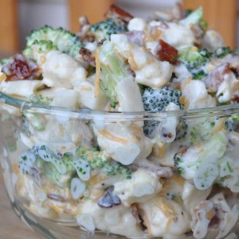 Amish Broccoli Salad with Bacon {sub in plain Greek yogurt - no mayo; can also add+ sunflower kernels} | gurutotheoutdoors.com