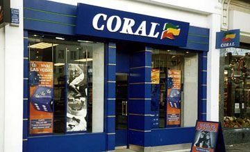 Gunman takes punters hostage in Coral betting shop  https://www.racingvalue.com/gunman-takes-punters-hostage-in-coral-betting-shop/