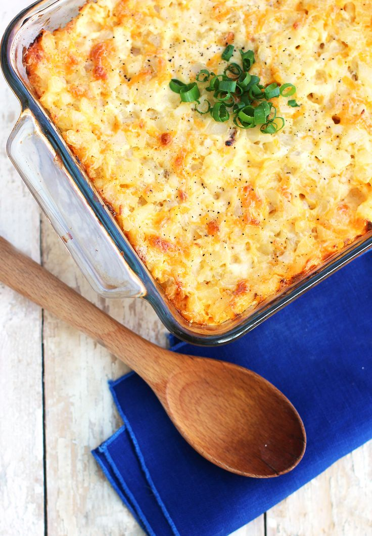 FIVE-MINUTE Potato Casserole - so easy and the perfect summer picnic side dish (or winter comfort food!)