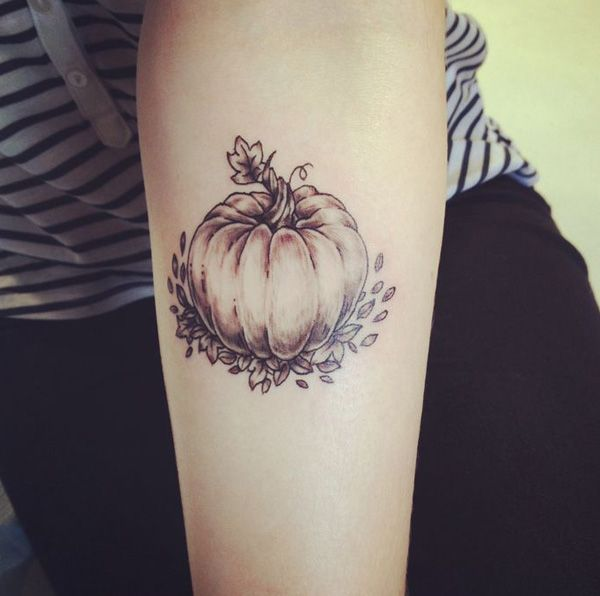 pumpkin tattoo - 40 Unforgettable Fall Tattoos  <3 <3