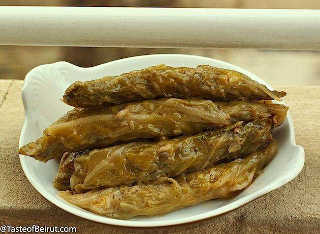 Cabbage rolls (Mehshi malfouf)