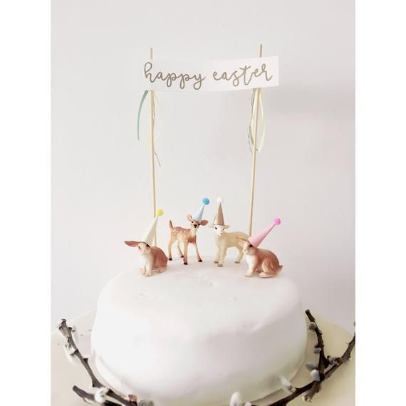 Rabbit Lamb And Fawn In Handmade Hats With Easter Bunting Schleich Animals The Price Is For The Animal Cake Topper Easter Cake Toppers Birthday Cake Toppers