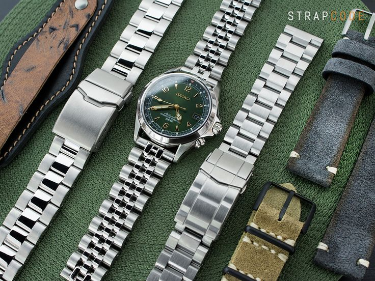 All about Military style with #seikoalpinist #SARB017  For more details: Strapcode.wordpress.com  #strapcode #MiLTAT #AngusJubilee #HexadOyster #SuperOyster