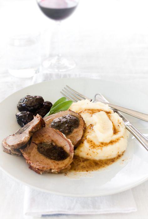 filetto di maiale alle prugne                     #recipe #juliesoissons