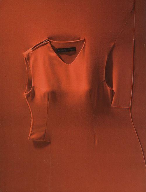 dress presented in a frame, fall winter 1999, shinichiro arakawawool twillthe cutting edge: fashion from japan
