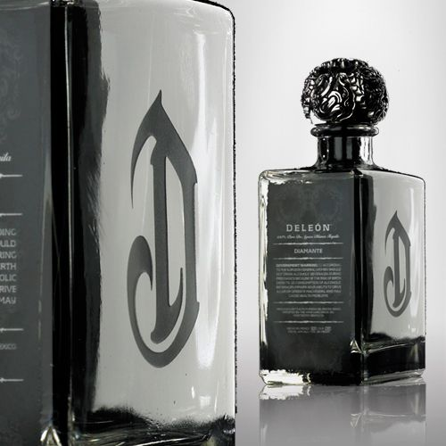 DeLeón. Beautiful stopper!  Plus I love Tequila!