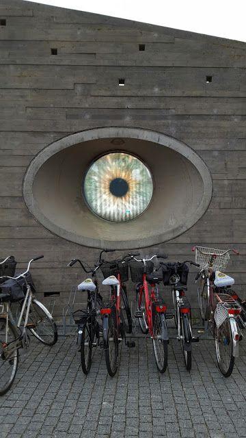 my corner of the world: A eye