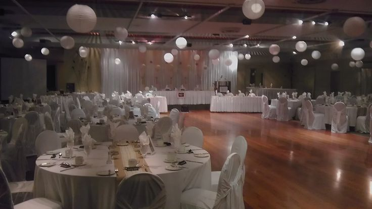 Burlap and Lace Wedding in the KBCC Grand Ballroom