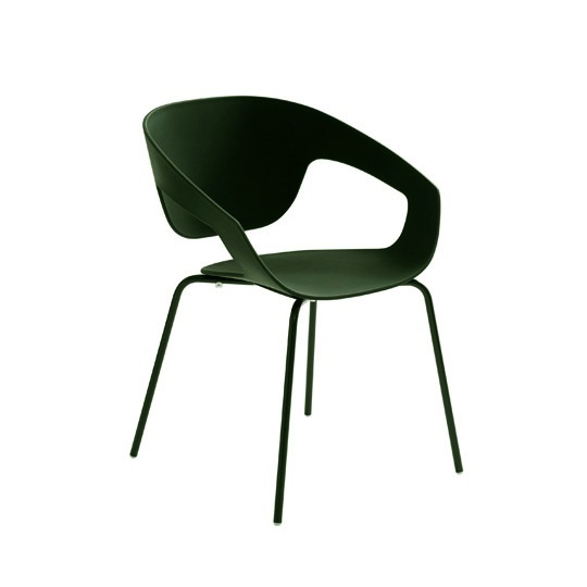 Injection molding of polypropylene, reinforced and recyclable - Vad chair designed by Luca Nichetto for Casamania