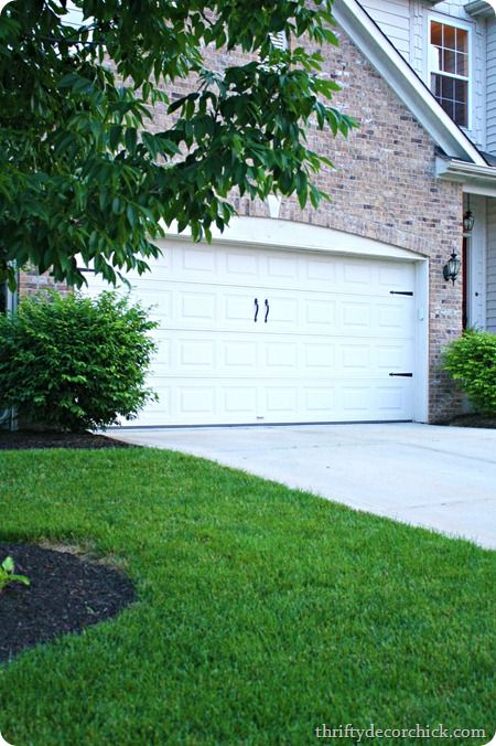 17 best images about diy on pinterest paint planked for Build carriage garage doors