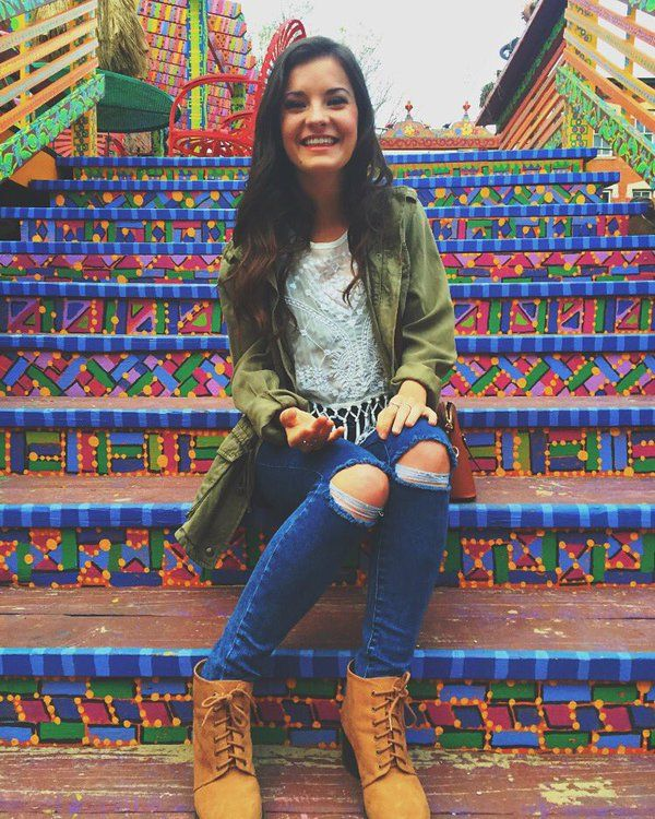 Hi!I'm Brooke Lopez.I'm 16 and single.I have a sister Paige(can someone be her)I…