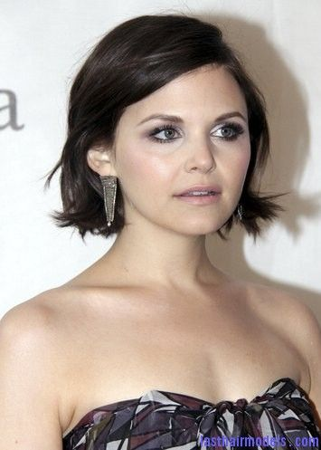 Ginnifer Goodwin's messy short bob hairstyle: Combining short with messy! | Last Hair Models , Hair Styles
