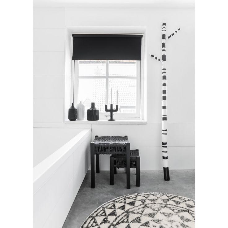 Meer dan 1000 idee n over zwart wit badkamers op pinterest witte badkamers badkamer en - Deco toilet zwart ...