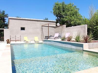 Swimming pool   Montfavet, Vaucluse