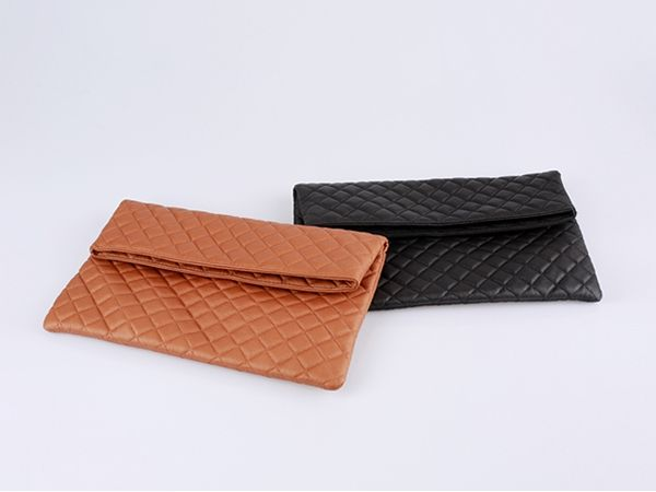 Korea women shopping mall [REALCOCO] Big quilted clutch BAG / Size : FREE / Price : 37 USD #realcoco #dailylook #officelook #lowprice #cute #bag #clutch