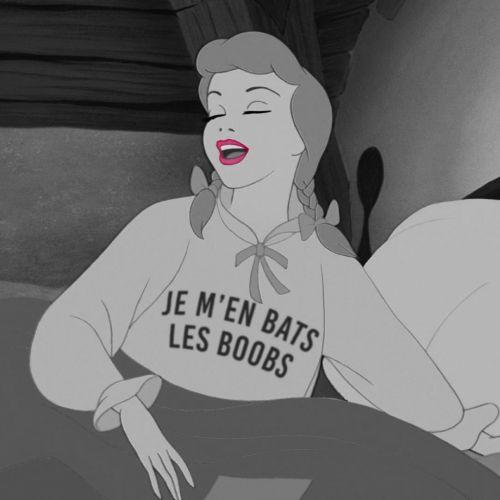 #jemenbatslesboobs Il en faut aussi ;)