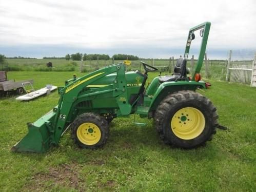 John Deere 790 Utility Tractor W/ 300 Loader. ONLINE ONLY AUCTION - Ending Tuesday, July 8, 2014. Mason, WI. #johndeere