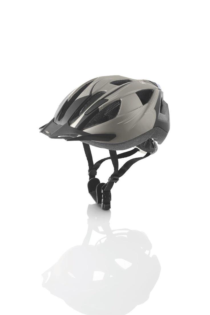 Nowoczesny kask rowerowy wykonany w technologii In-Mold, dostępny w Lidlu.