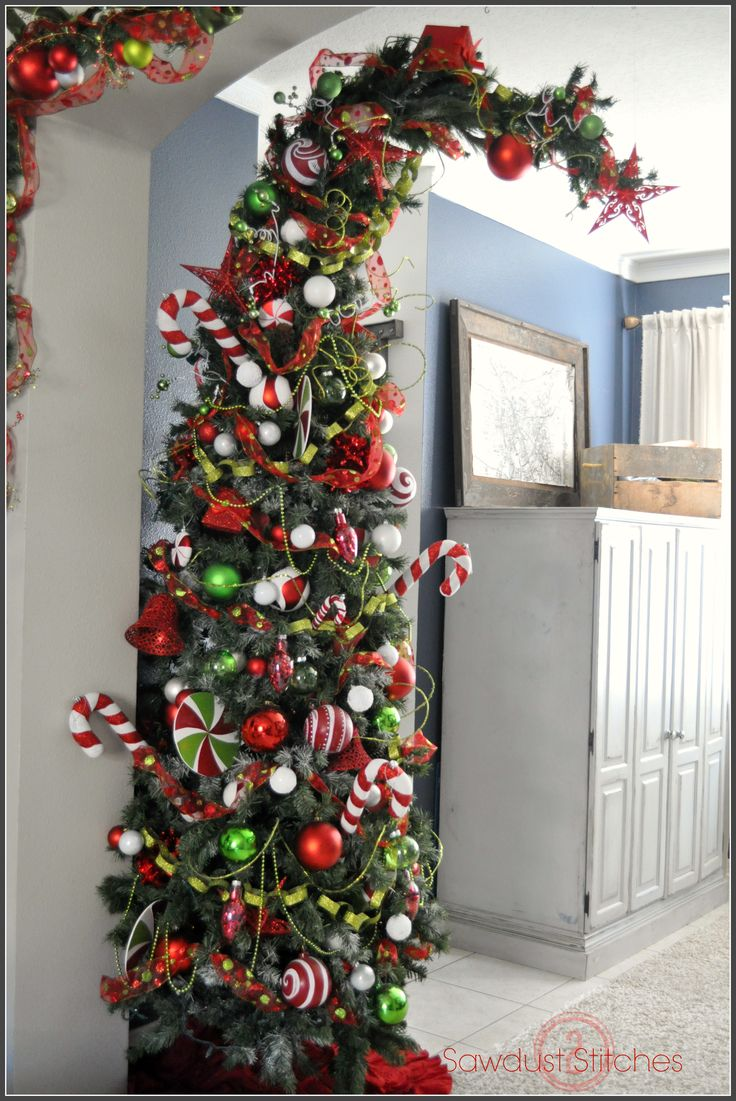 Christmas Themes For Decorating best 25+ whoville christmas decorations ideas on pinterest