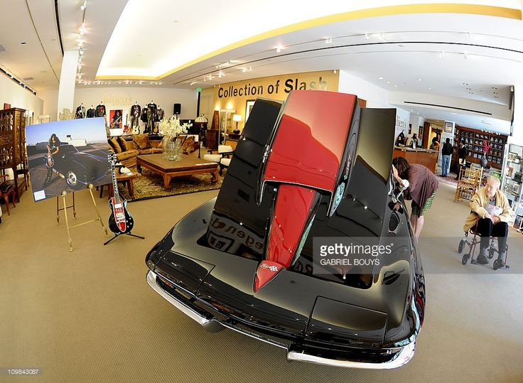 Slash's items are seen during the preview of the sale of exclusive property from legendary guitarist and musician of Guns N' Roses and Velvet Revolver at Julien's Auctions in Beverly Hills, California on March 7, 2011. Included in the auction sale are some of the iconic, Grammy-winning, rock guitarist and songwriter's famous guitars, memorabilia, vehicles and personal furniture and décor from his Hollywood Hills residence.