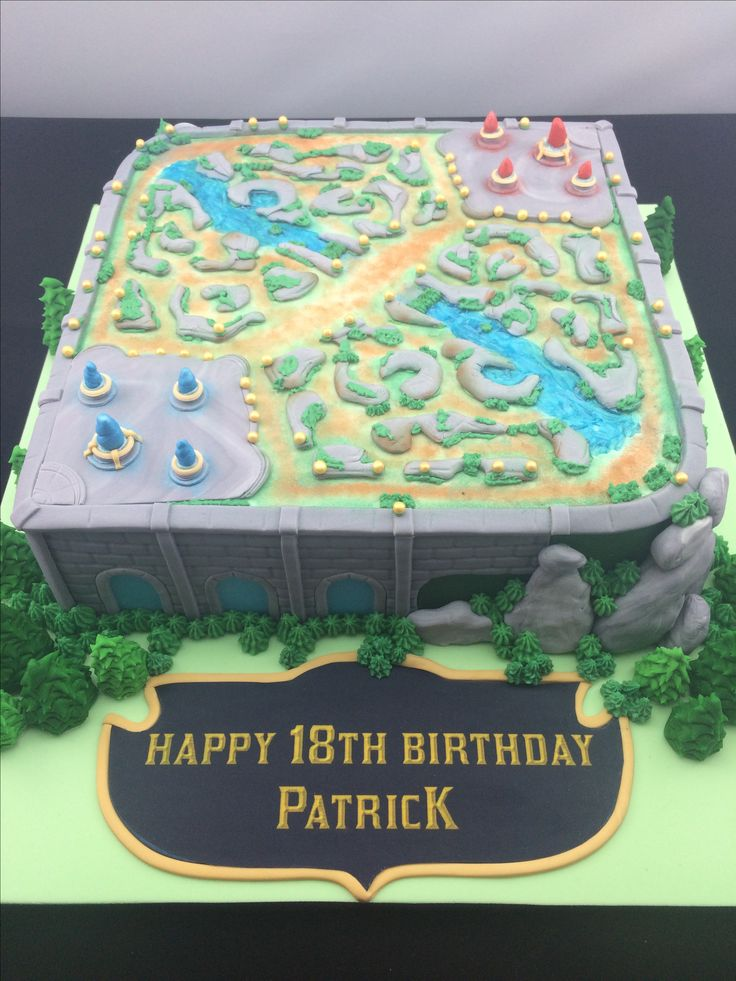 "League of Legends ""Summoners Rift"" cake!!"