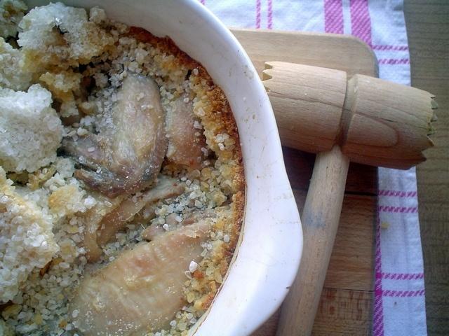 Kurczak pieczony w soli (gruboziarnistej)
