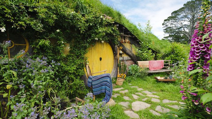 Hobbiton Movie Set Tours http://www.newzealand.com/au/trips-and-driving-itineraries/north-island/1-week-middle-earth-itinerary/