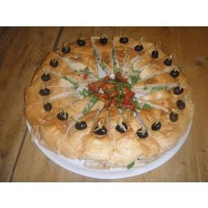 Jeannes Turks brood gevuld met tonijn salade