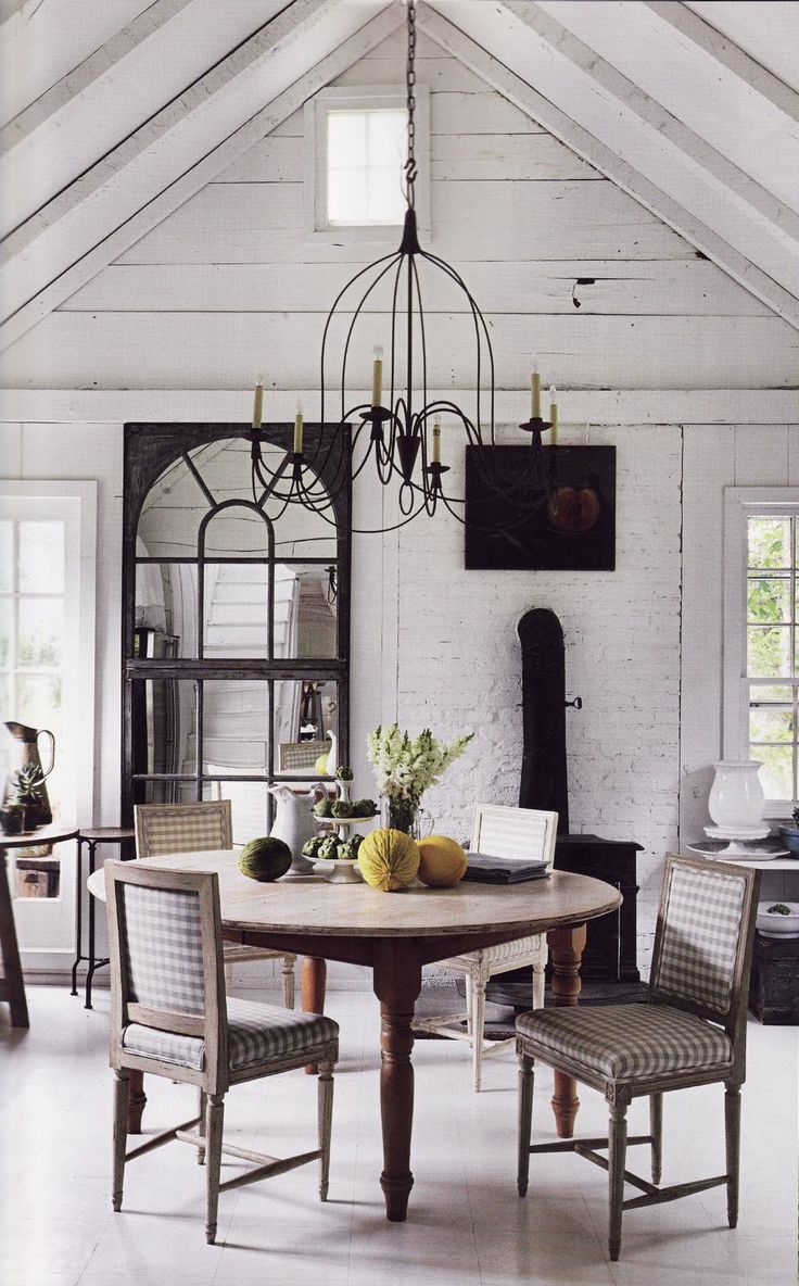 Love the chandelier and the table setting FleaingFrance.com
