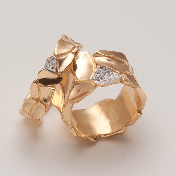 Parched Earth No.2 - 14K Gold and Diamond Ring. - Designed and made by Arch. Doron Merav