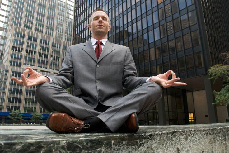 In alcune aziende di Usa e Germania lo Yoga si fa in ufficio... che fortunati!