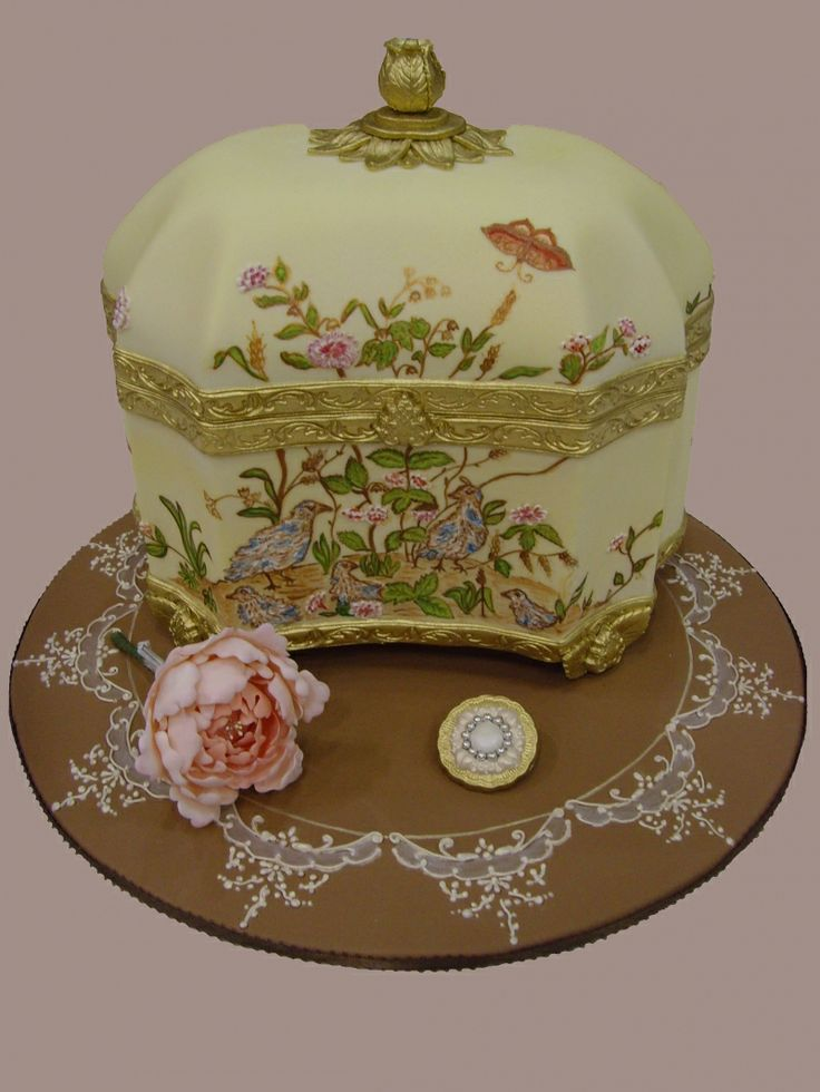 12 best images about Jewelry box cake on Pinterest ...