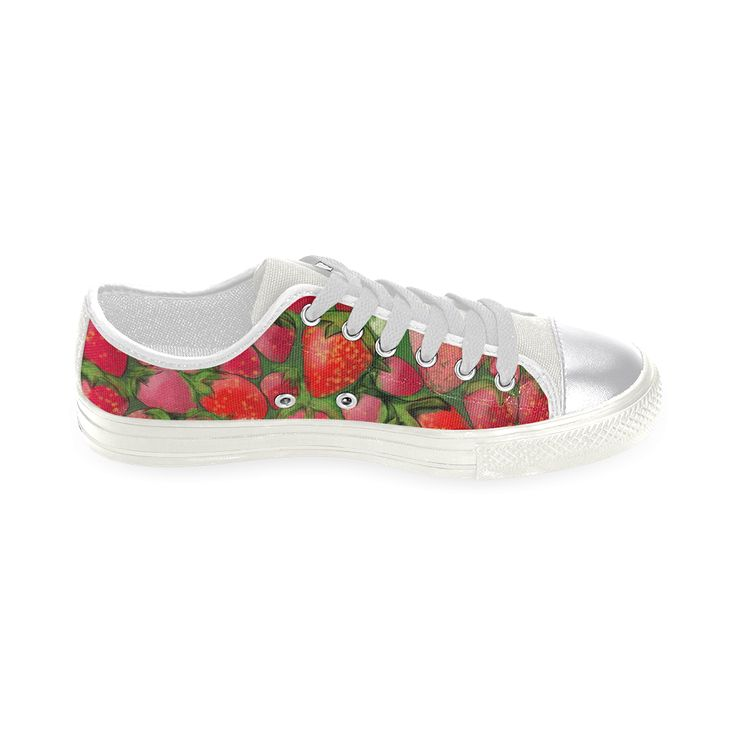Juicy Strawberries. Inspired by the Magic Island of Gotland. Women's Classic Canvas Shoes (Model 018)